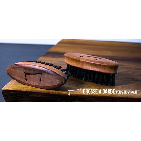 la M brosse de barbe de la marque Aurelien Magnano en poil de sanglier et bois