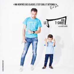 evan petit garçon de 5 ans et aurelien magnano nous présente le mini M tee shirt bleu de la marque Aurélien Magnano avec classe