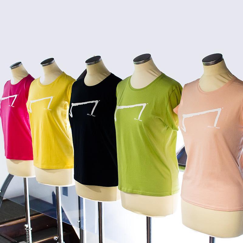 le M tee shirt pour femme de la marque Aurelien Magnano présentation de plusieurs couleurs