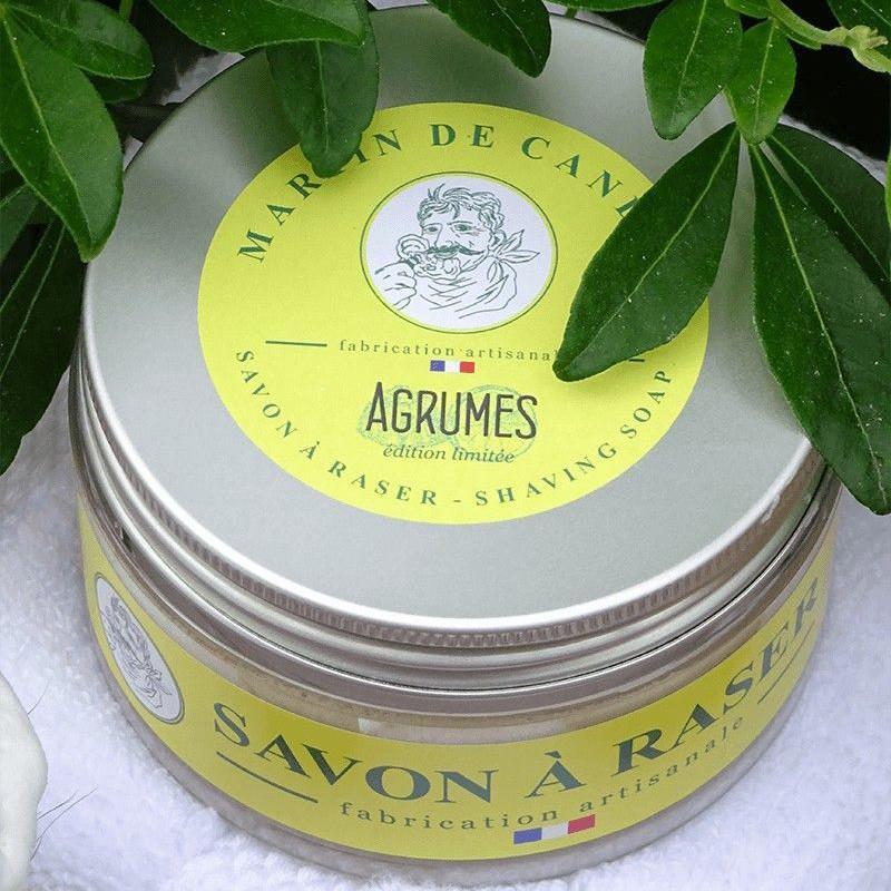 le pot de savon à raser artisanal aux agrumes martin de candre - made in france