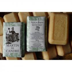 blocs de savon artisanal au benjoin martin de candre