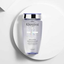 flacon du shampooing BAIN LUMIÈRE de la gamme BLOND ABSOLU par Kérastase pour des cheveux blonds éclatant de santé et de douceur