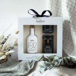 coffret cadeau kalios-huile d'olive-olives et mézé d'olives sur une table-présentation