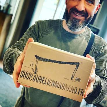 Encore une M box nuit coquine ! Oullala! qui part de l'autre côté de la #France avec notre #facteur préféré ! Merci shop.aurelienmagnano.fr!! #aurelienmagnano #durance #m #mbox #aurelienmagnanoshopping #durance #shop #supercadeau